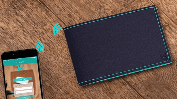 Walli smart wallet will prevent you from forgetting her behind